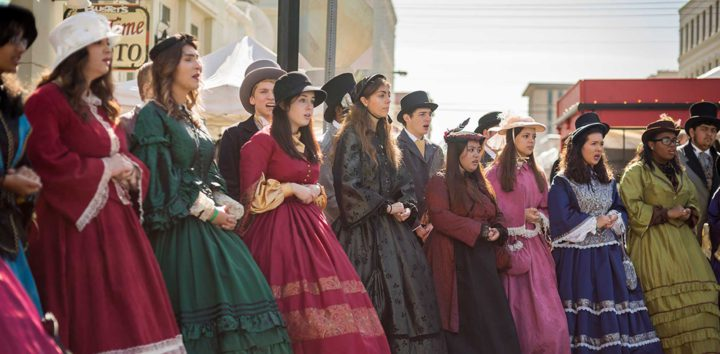 """<h3>Step Back in Time at Dickens on the Strand</h3>""""> </div> <div class="""