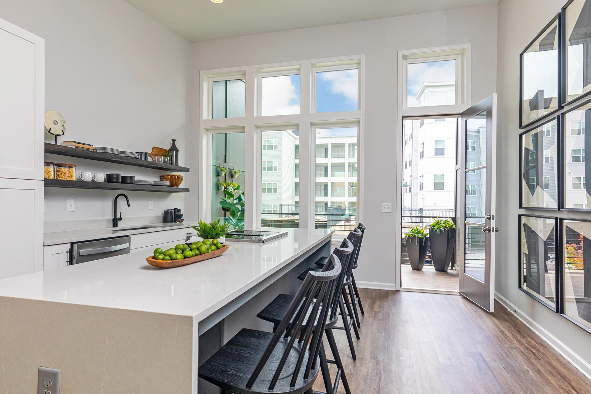 Step Inside Our Designer Townhome at 4Forty4 in Old Fourth Wardimage_block-block_5f622e1970147