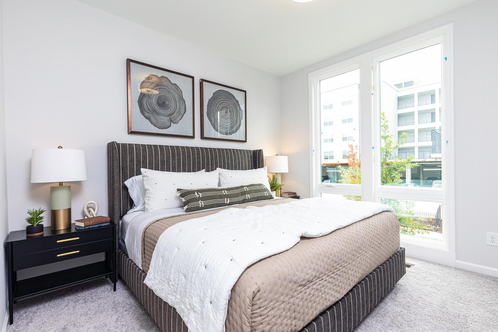 Step Inside Our Designer Townhome at 4Forty4 in Old Fourth Wardimage_block-block_5f62394d70149