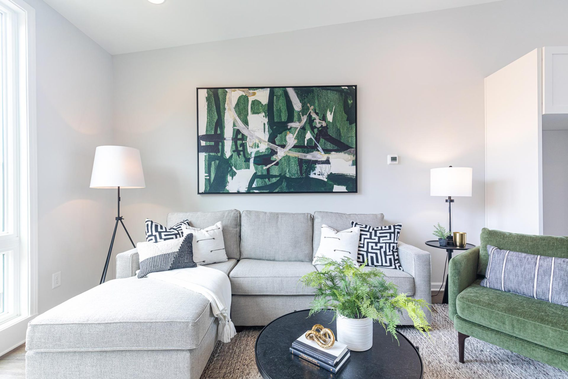 Step Inside Our Designer Townhome at 4Forty4 in Old Fourth Wardimage_block-block_5f623d97324fb