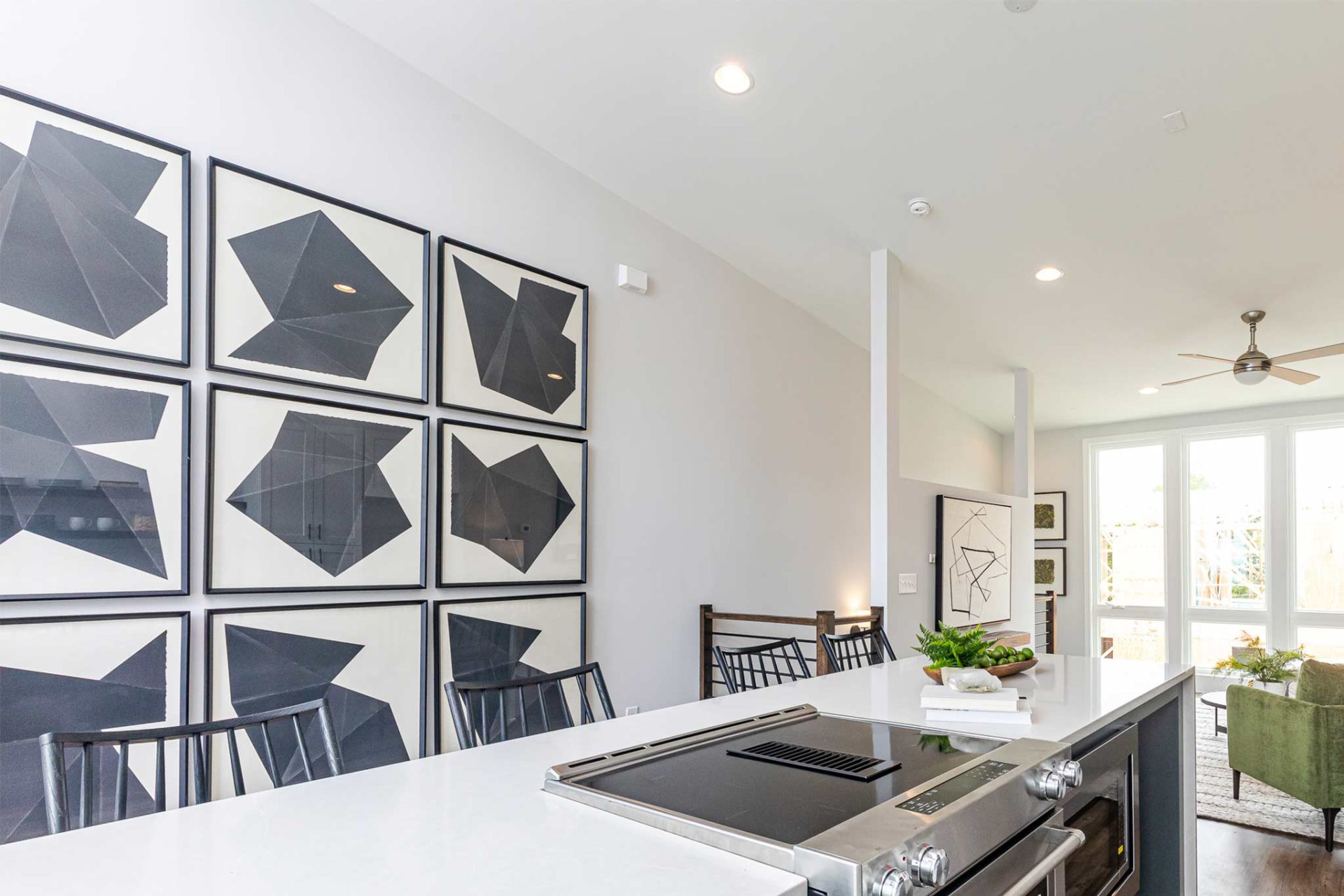Step Inside Our Designer Townhome at 4Forty4 in Old Fourth Wardimage_block-block_5f623dcb324fd